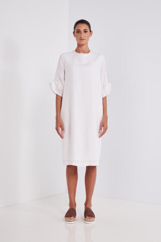 Peserico Kleid creme Leinen vorne